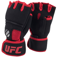 UFC Contender Quick Wrap Inner Gloves Black/Red L/XL